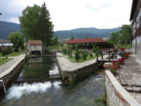 hotel gacka giardino canali